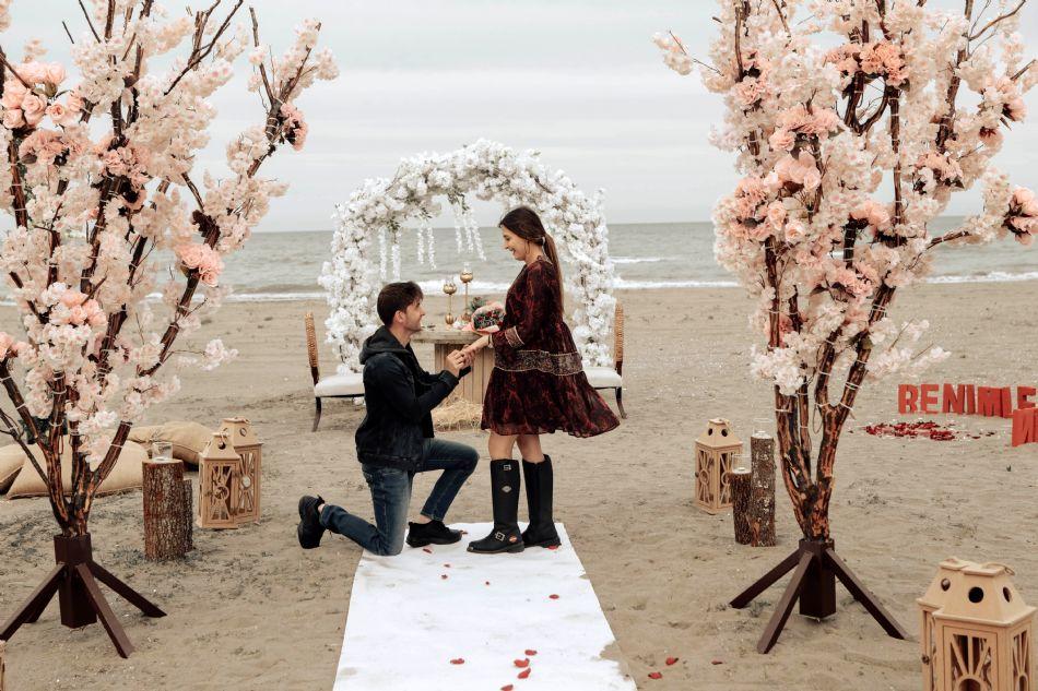 Samsun Evlilik Teklifi Kumsal Bahar Dalý